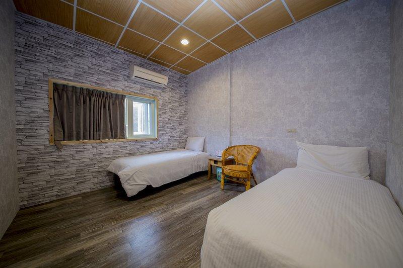 臥室 可 住 二人 2 小 床