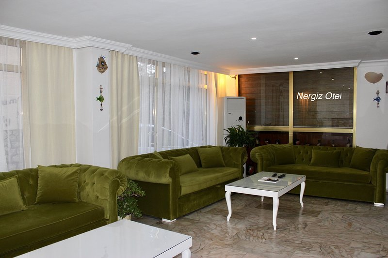 Nergiz Boutique Hotel (Triple Room 5), vacation rental in Muratpasa