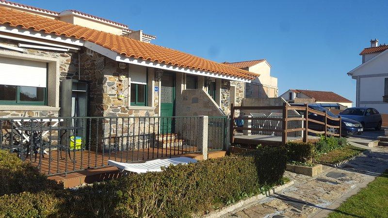 Adosados en Piedra. Estudios, vacation rental in Sanxenxo