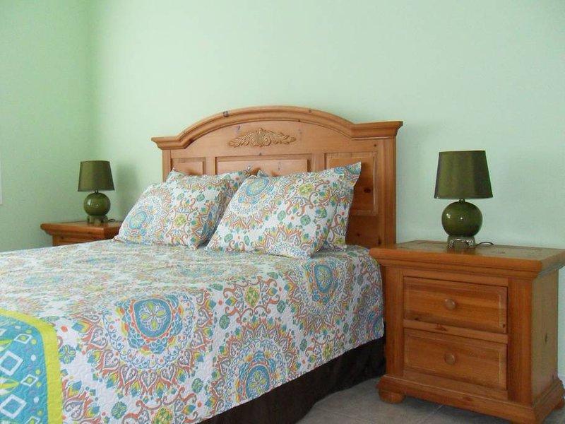 Perfect Large Apartment for your Grand Cayman Vacation - Unit #3, location de vacances à Old Man Bay