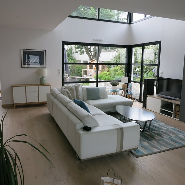 Villa de standing, moderne, plage et commerces à pied - Larmor Plage, holiday rental in Port-Louis