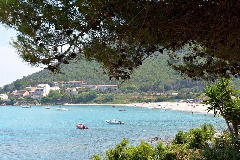 La bonita bahía de Tarco.