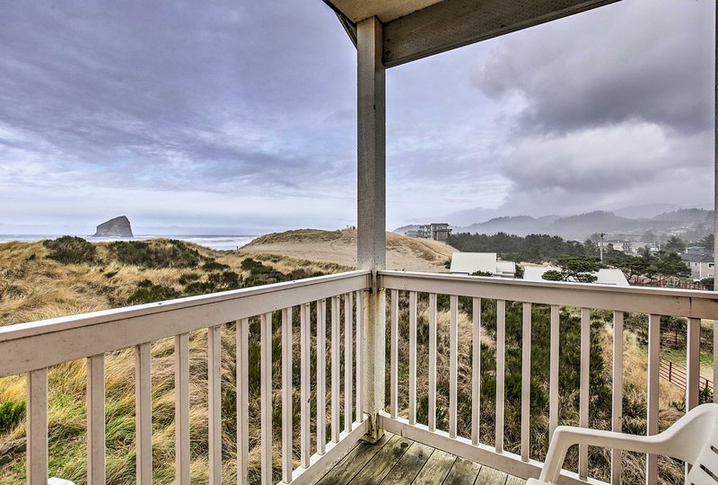 Up to 17 guests can enjoy breathtaking seaside views from the vacation rental.