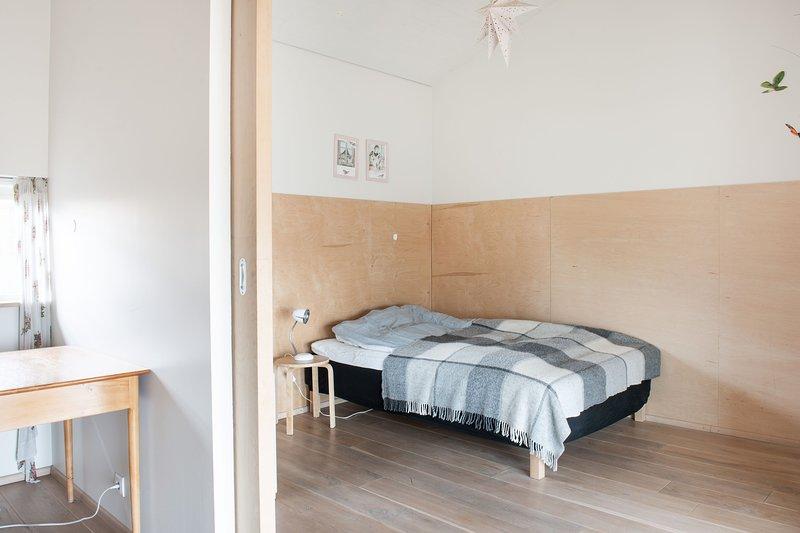 Un tercer dormitorio.