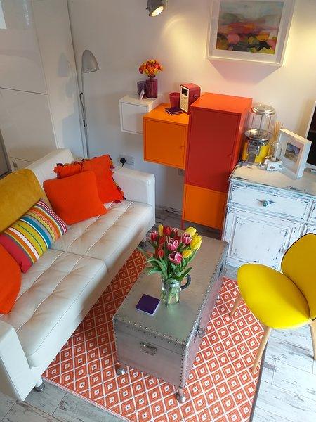 Holi Moli Lounge