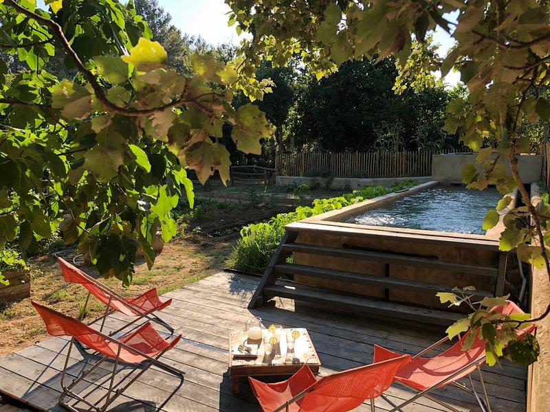 Cabane de la Leque,calme et confort dans la nature, vacation rental in Arles