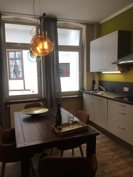 Apartment 2,das Haus am Markt, vacation rental in Buechenbeuren
