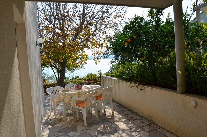 sea view appartment with garden, location de vacances à Sveti Ivan Zelina