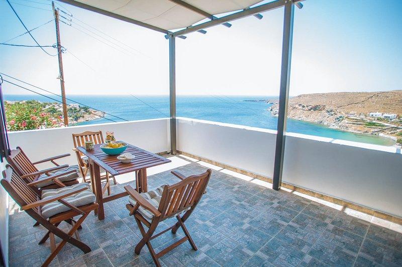 Villa Aegean Balcony | Suite, location de vacances à Dryopida