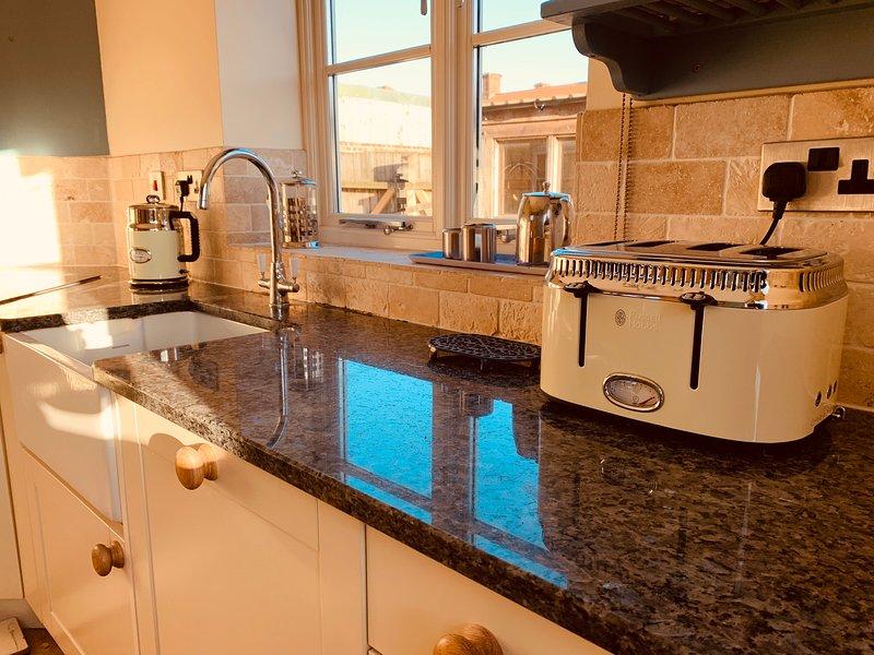 Moderna cozinha totalmente equipada