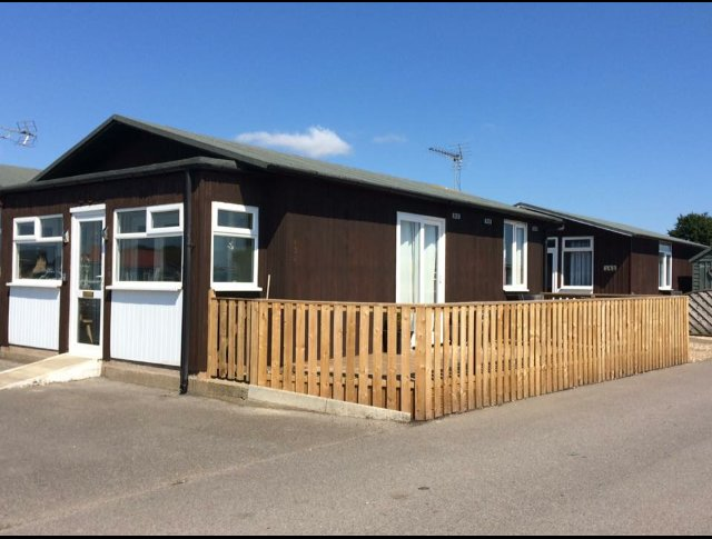 PARK VIEW holiday chalet, vacation rental in Bridlington