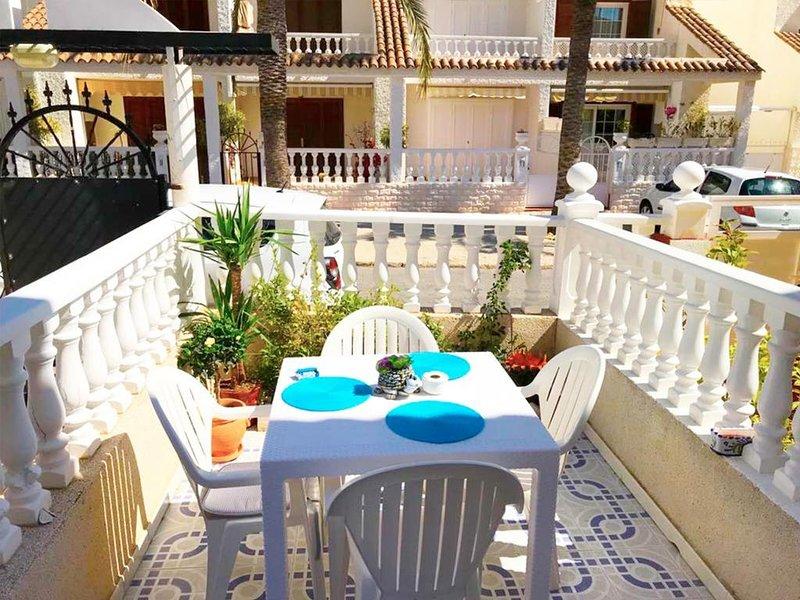 Apartamento CalarAlto 7, holiday rental in Punta Prima