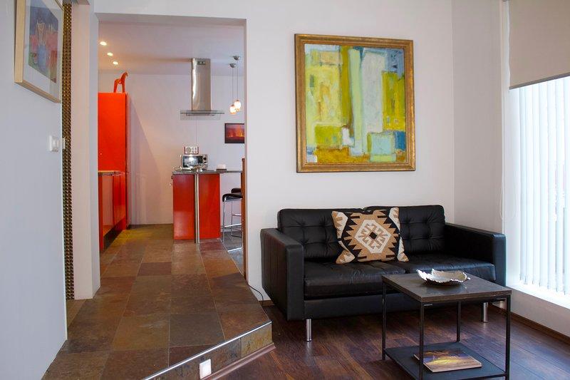 Luxury 2 bedroom apartment central Reykjavik,keyless entry, vacation rental in Reykjavik