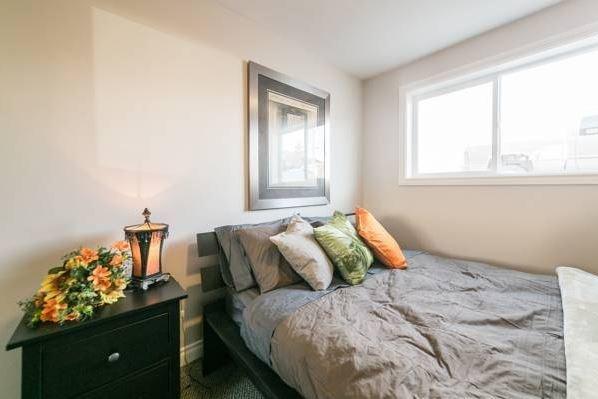 Mckinnon Pointe #104, holiday rental in Spruce Grove