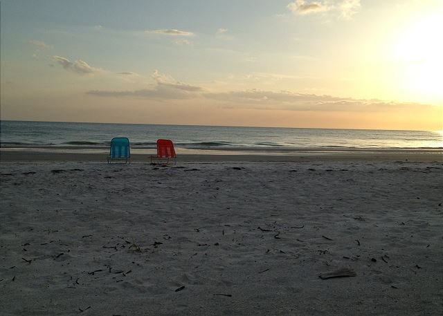 Chateaux Condominium  508, vacation rental in Indian Shores