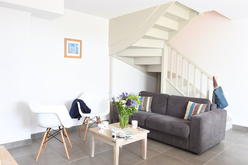 Villa 3 chambres avec cour au centre de La Flotte, holiday rental in La Flotte