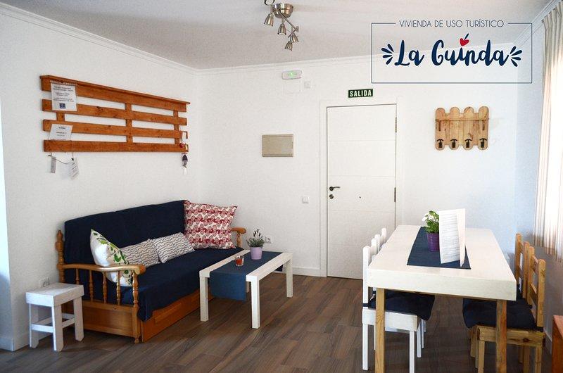 Apartamento La Guinda, situado a pocos minutos andando del centro de la ciudad., alquiler vacacional en Provincia de Toledo