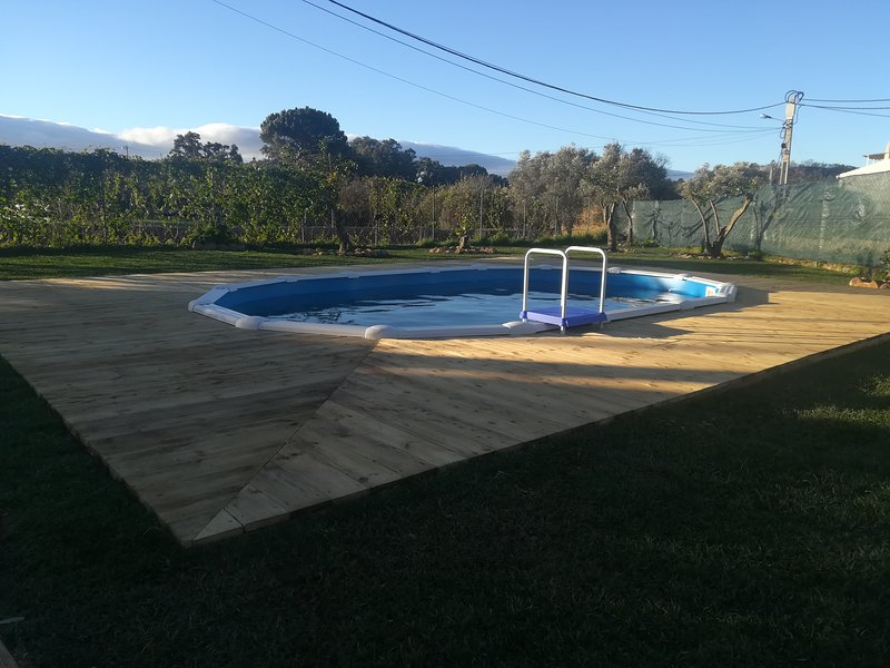 Nice apartment with shared pool, casa vacanza a Monchique