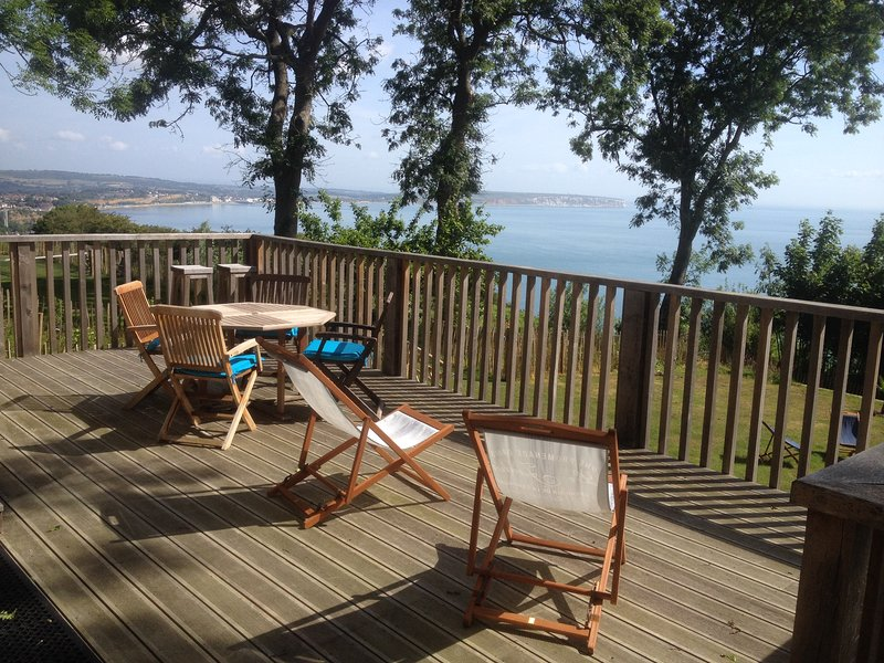 Sensational Highcliff Cottage Isle Of Wight A Stunning Clifftop Beutiful Home Inspiration Ommitmahrainfo