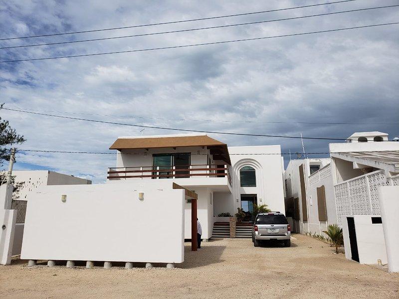 Tremenda casa en San Bruno km 22.5, Telchac Puerto Yucatan, holiday rental in San Crisanto
