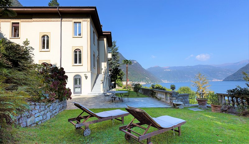 Villa Ortensia,amazing view on the lake of Como and pool, holiday rental in Veleso