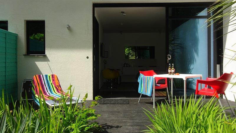 Villa Mondrian Guest Accommodation in Alderney, location de vacances à Auderville