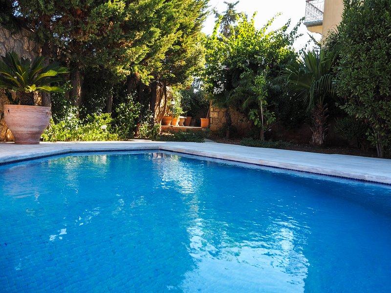 Villa V (Old Harbor), holiday rental in Aghios Emilianos