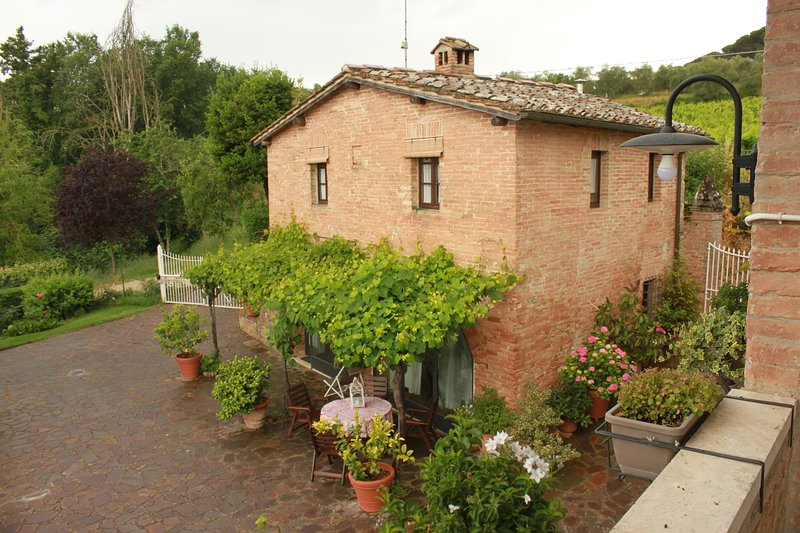Vignano40 ground floor living area, first floor 2 bedrooms with bathroom. 75sqm.