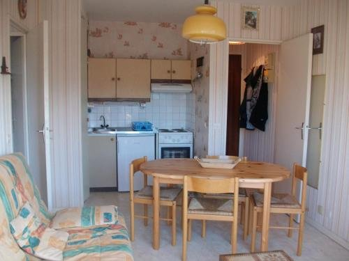Beautiful studio near the beach, vacation rental in Reviers