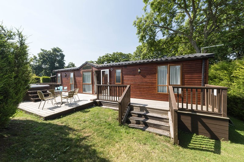 Herston  Log Cabins Birch Lodge, holiday rental in Worth Matravers