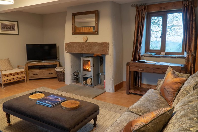 Tanglewood Barn - Luxury barn conversion situated on a small farm on the outskir, holiday rental in Bailey Mill