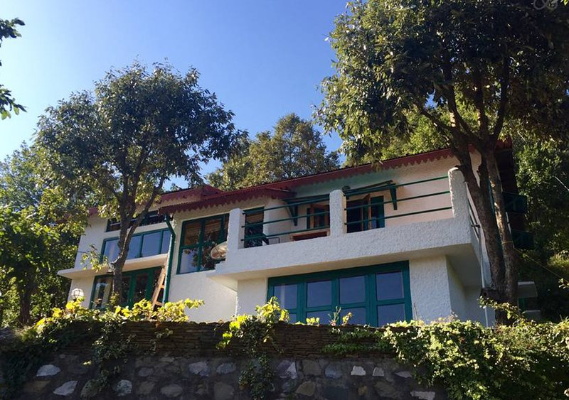 Iris Cottage by Vista Rooms, vacation rental in Jageshwar