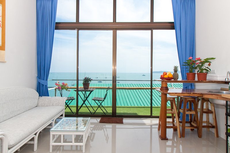 Eagles Nest perched above secluded AoYon Beach, vacation rental in Phuket Town