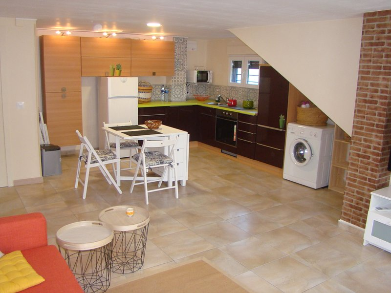 Amazing studio with pool access, holiday rental in Oliva