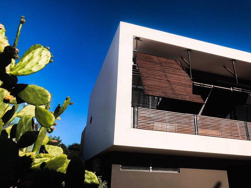 Villa Contour, design villa Jan Thiel met uitzicht, aluguéis de temporada em Jan Thiel