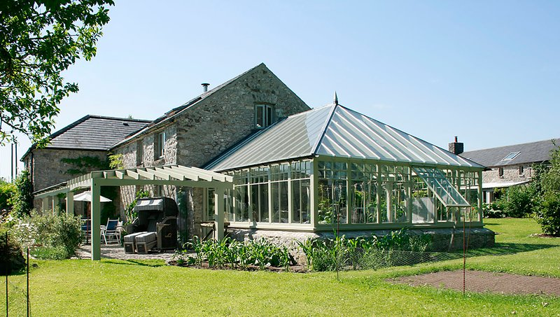 Big house with garden & terrace, holiday rental in Rosses Point