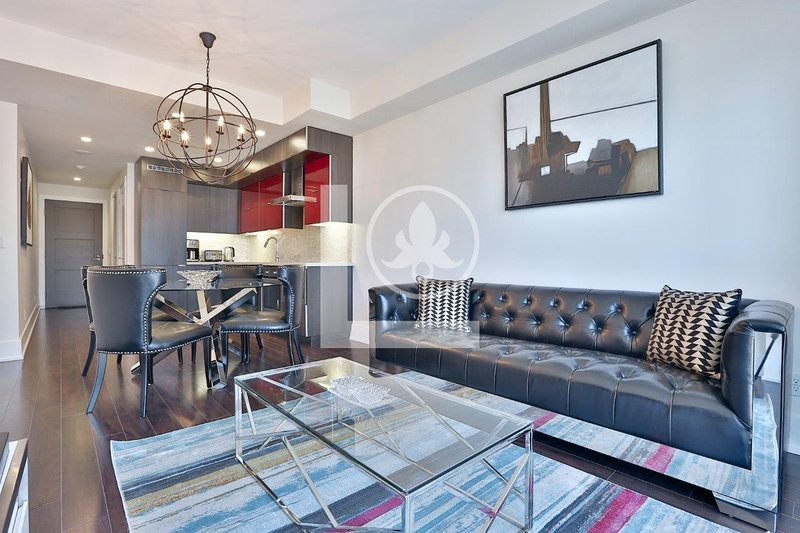 Proof - Fully Furnished Luxury Executive Condo King West, holiday rental in Toronto