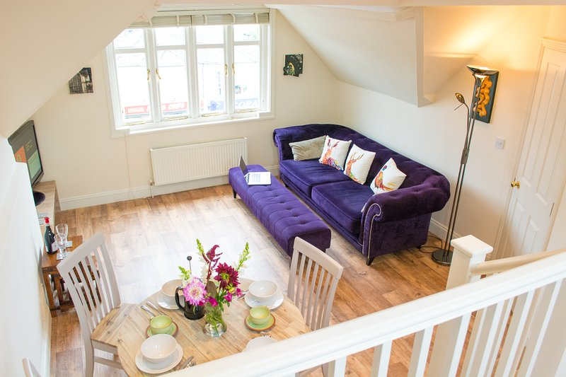 Spacious 2 Bedroom Apartment | Walking distance from city centre | Parking, location de vacances à Hethersett