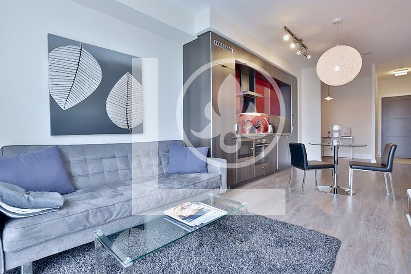 Apex - Fully Furnished luxury Executive Condo King West, alquiler de vacaciones en Toronto