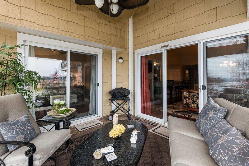 acesso a varanda da sala de estar e Master - com grill elétrico