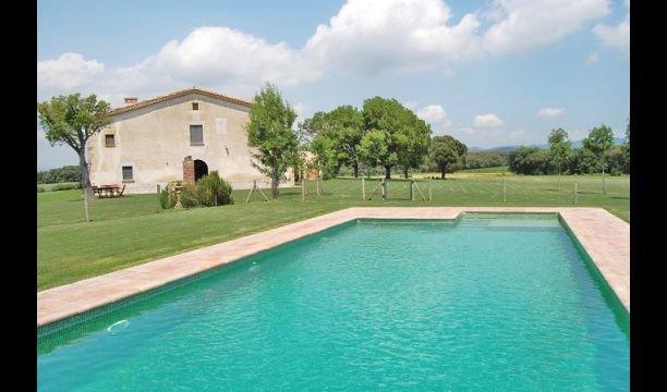 Sant Andreu Salou Villa Sleeps 14 with Pool and Air Con - 5747660, holiday rental in Cassa de la Selva