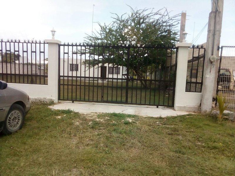 Casa vista de los 7 colores, holiday rental in Calderitas