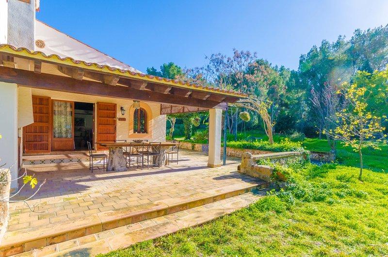 CAN CAPULLA 8 - Chalet for 8 people in ses Covetes, location de vacances à Sa Rapita