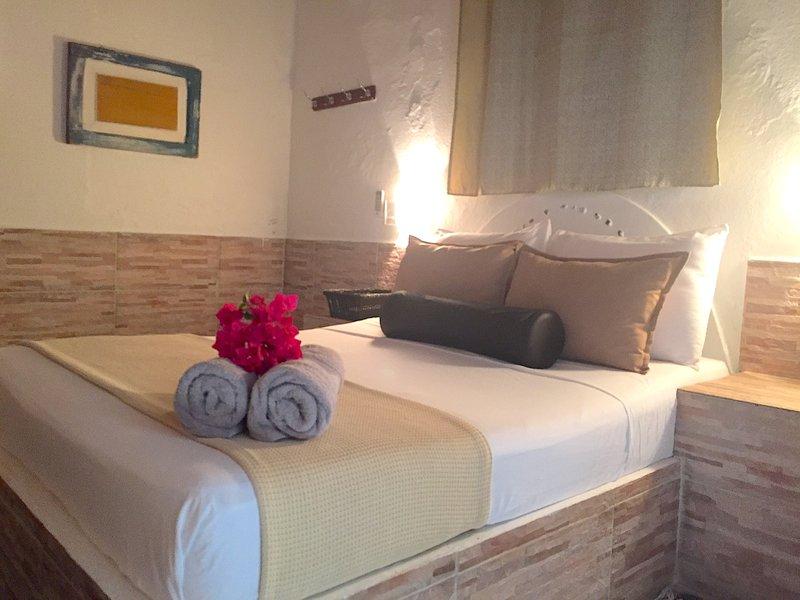 POSADA LAGUNITA ~Room Triple+Breakfast~, alquiler de vacaciones en Parque Nacional Los Roques