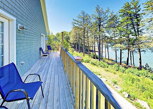 Beautiful New Condo w/ River Views at Sheepscot Harbour Resort, aluguéis de temporada em North Edgecomb