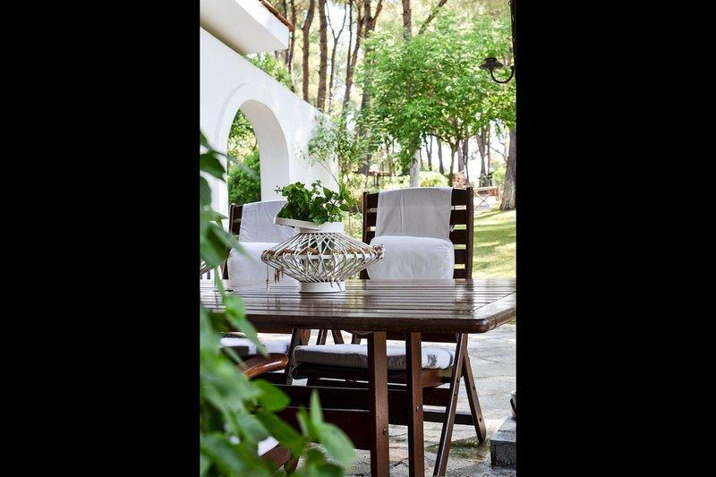 Area salotto in giardino