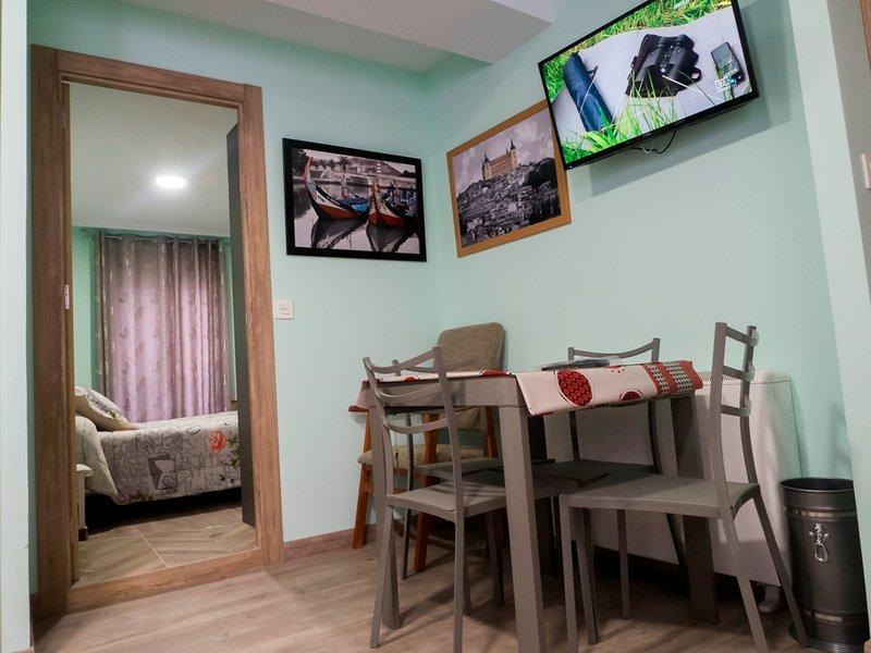 APARTAMENTO VRIOS14IZ, vakantiewoning in Garrafe de Torio