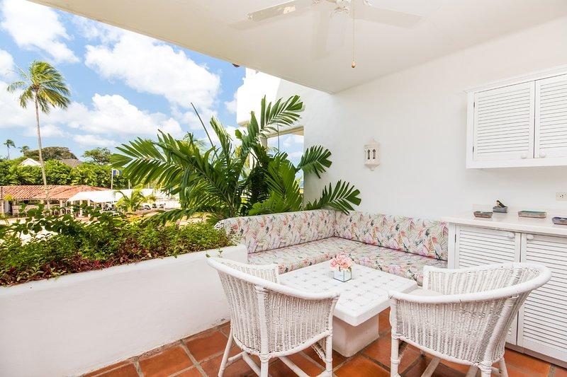 Glitter Bay Estate 202-Serenity - Casual patio lounge area