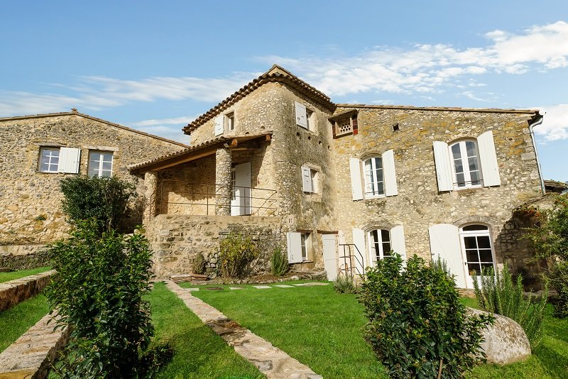 Oppedette Villa Sleeps 8 with Pool and WiFi - 5822314, vacation rental in Oppedette