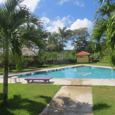 Avana Villa- Penthouse, holiday rental in San Ignacio